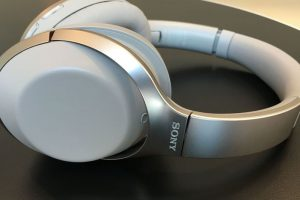 Gadget Review: Sony MDR-1000X  The Perfect Wireless Headphones