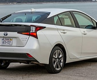 10 Best Hybrid Cars of 2019 You Can Buy