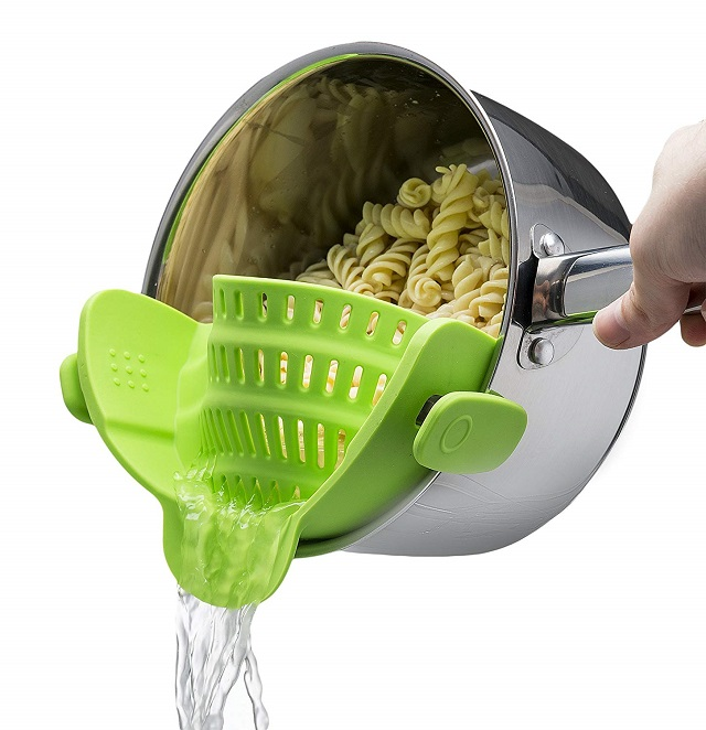 New Kitchen Gadgets 2020 Snap 'n Strain Strainer