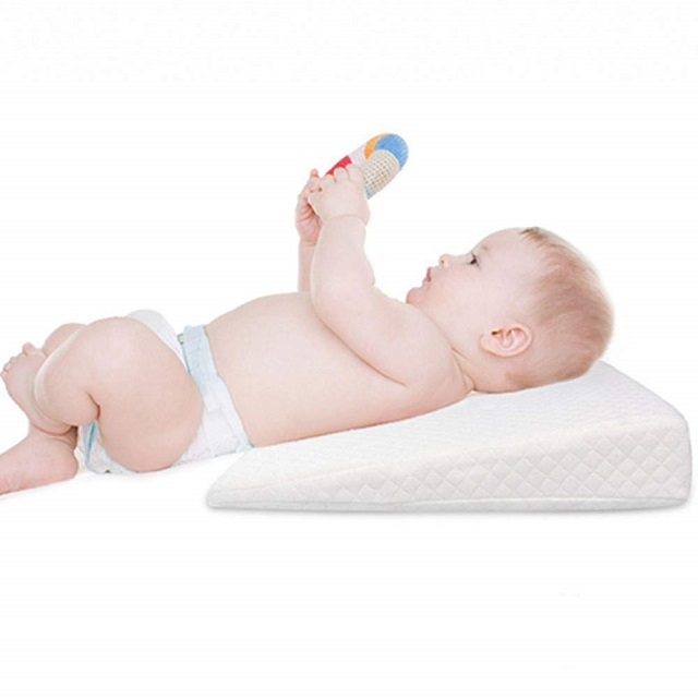 AIFUSI Memory Foam Nursery Pillow