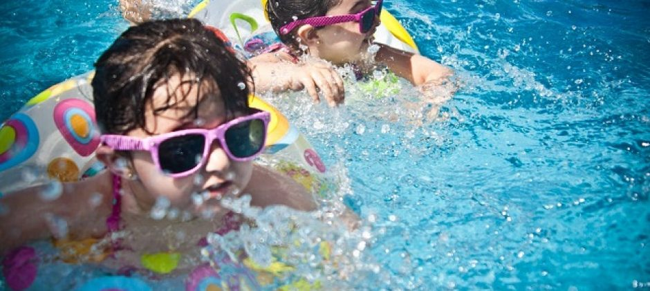 How to Make Swimming Lessons More Fun and Lively